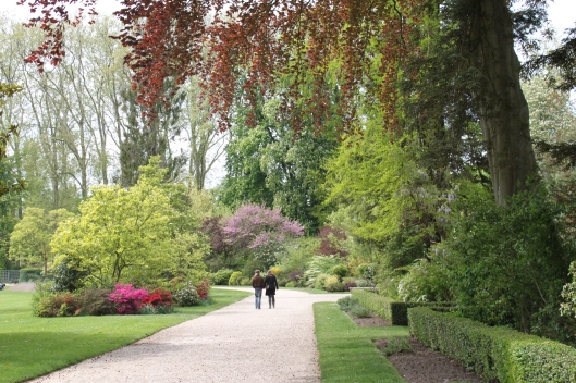 Versailles spring in paris for Jardin a langlaise
