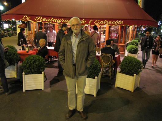 Bob at Le Relais de Venise at Porte Maillot