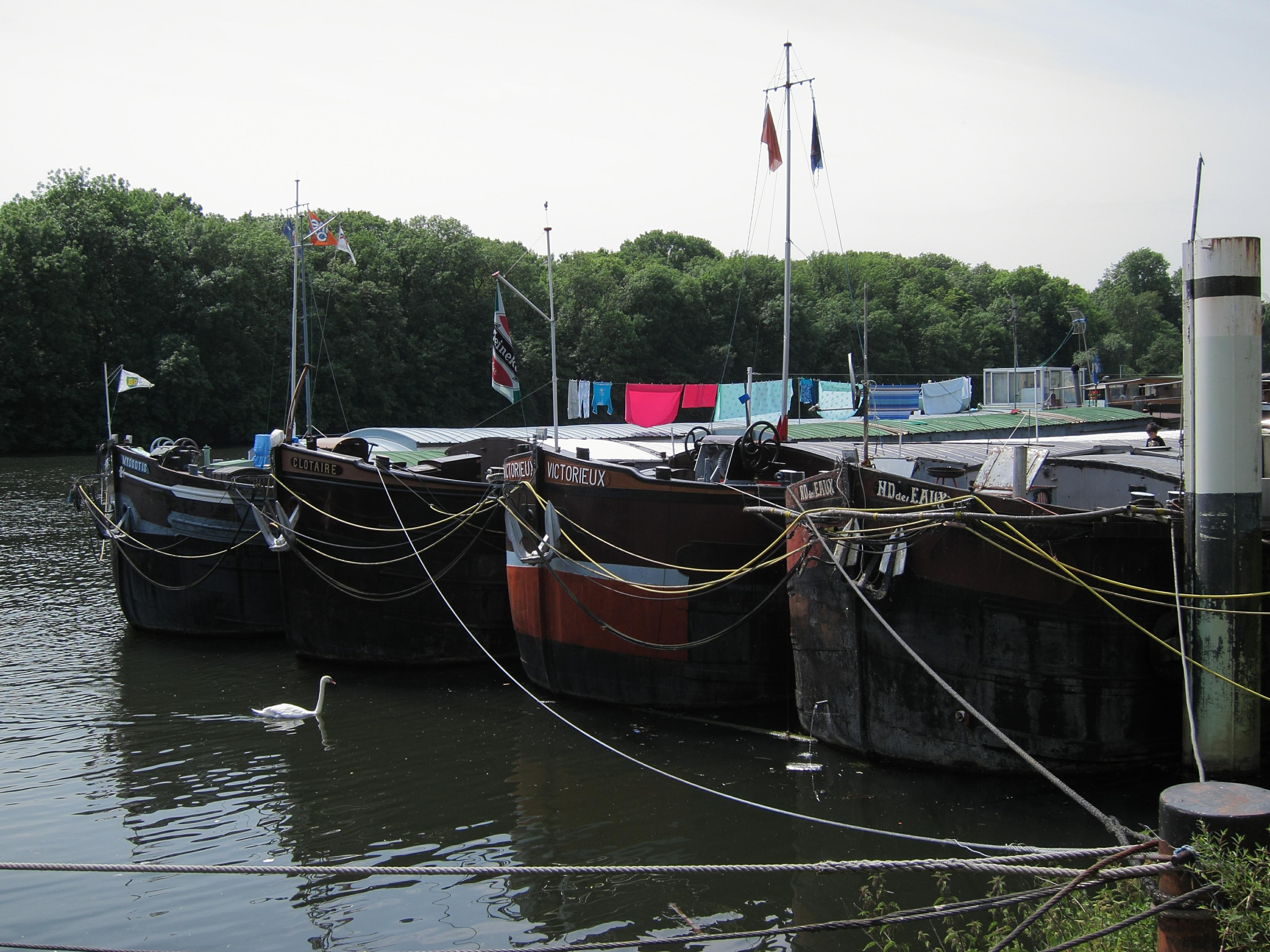 House barges in Conflans-Sainte-Honorine