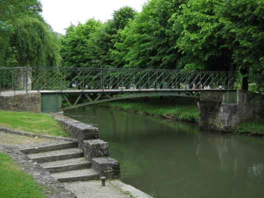 Footbridge built by Gustave Eiffel.