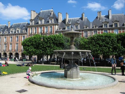 Place des Voges on a Sunny Saturday.