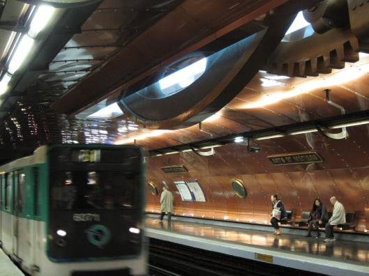 Line 11 Métro platform at the Arts et Métiers station.