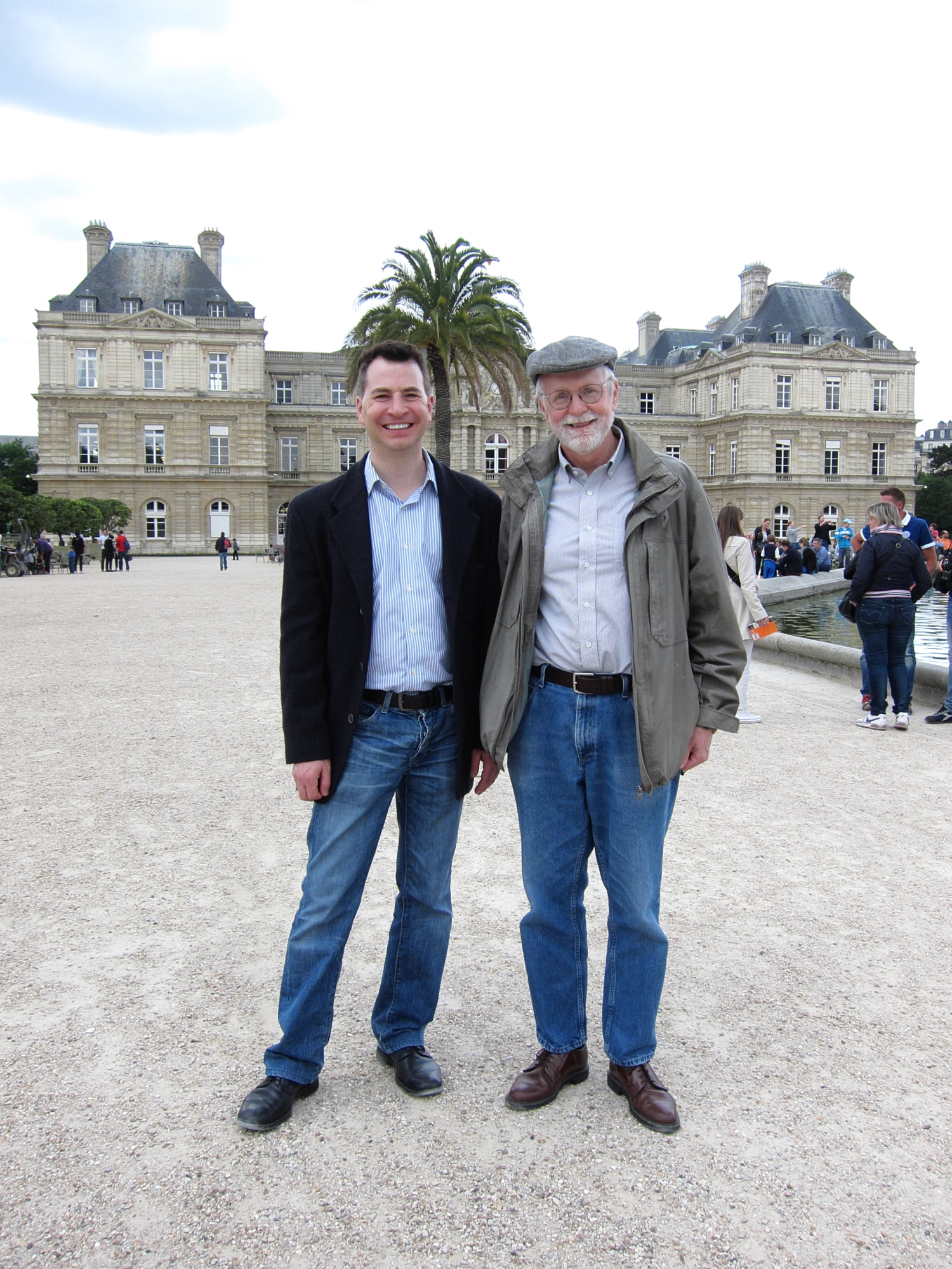 Jason and Bob, in front of the French Senate, in the jardin du Luxembourg.