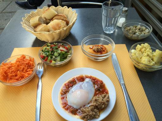 Salad at Chez Kiki.