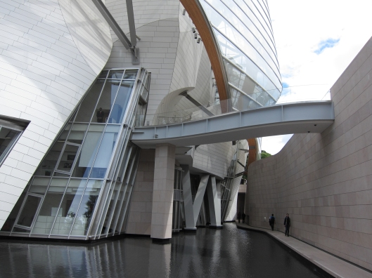 """The """"Grotto"""" at Fondation Louis Vuitton."""