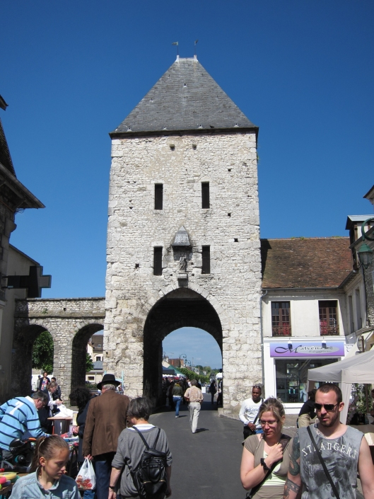 You enter and leave Moret-sur-Loing through gates in the medieval wall.