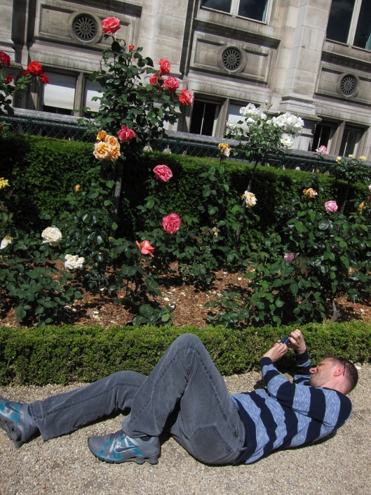 Matt getting an angle on roses in the newly-opened garden of the Hôtel de Ville.