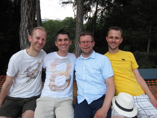 Morton, Jamie, Chris and Matt at the parc des Buttes-Chaumont.