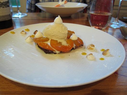 Dessert at Métropolitan Restaurant, rue de Jouy, Paris.