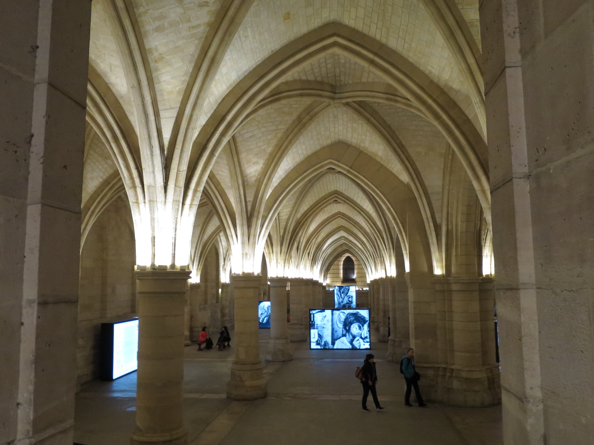 Photo exhibition at the Conciergerie