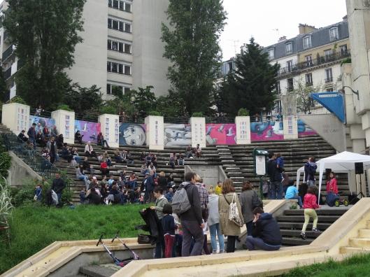 Crowd at an impromptu concert at the Parc de Belleville