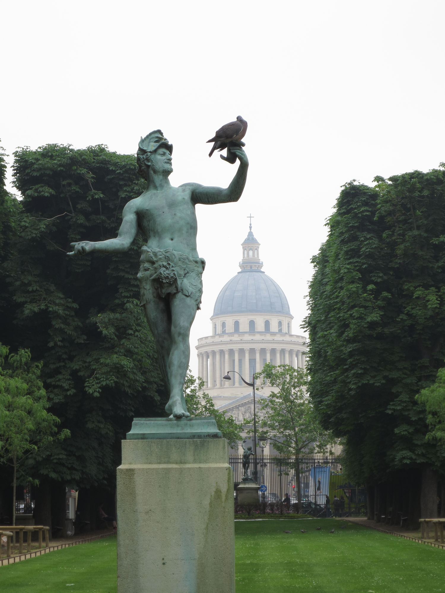 Panthéon seen from the Jardin du Luxembourg