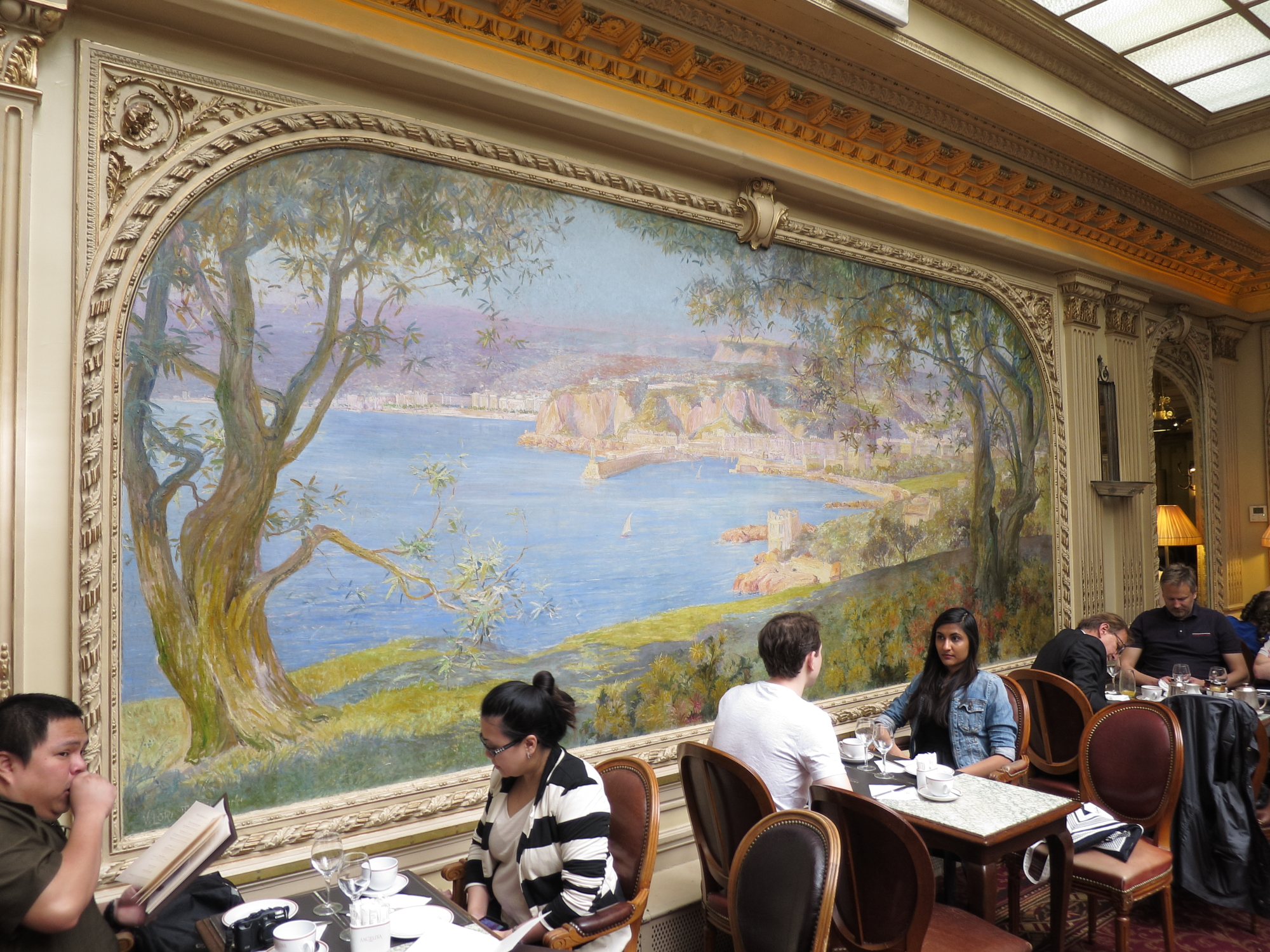 Mural of Nice at Angelina's