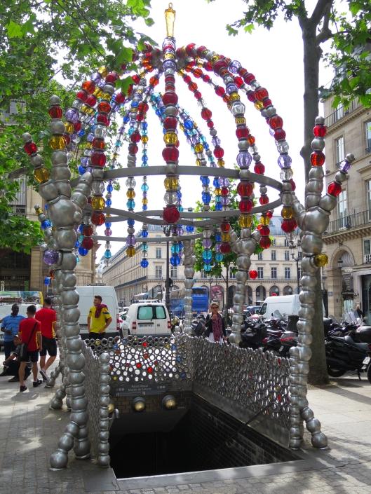 Surely the strangest métro entrance in Paris: Palais Royal