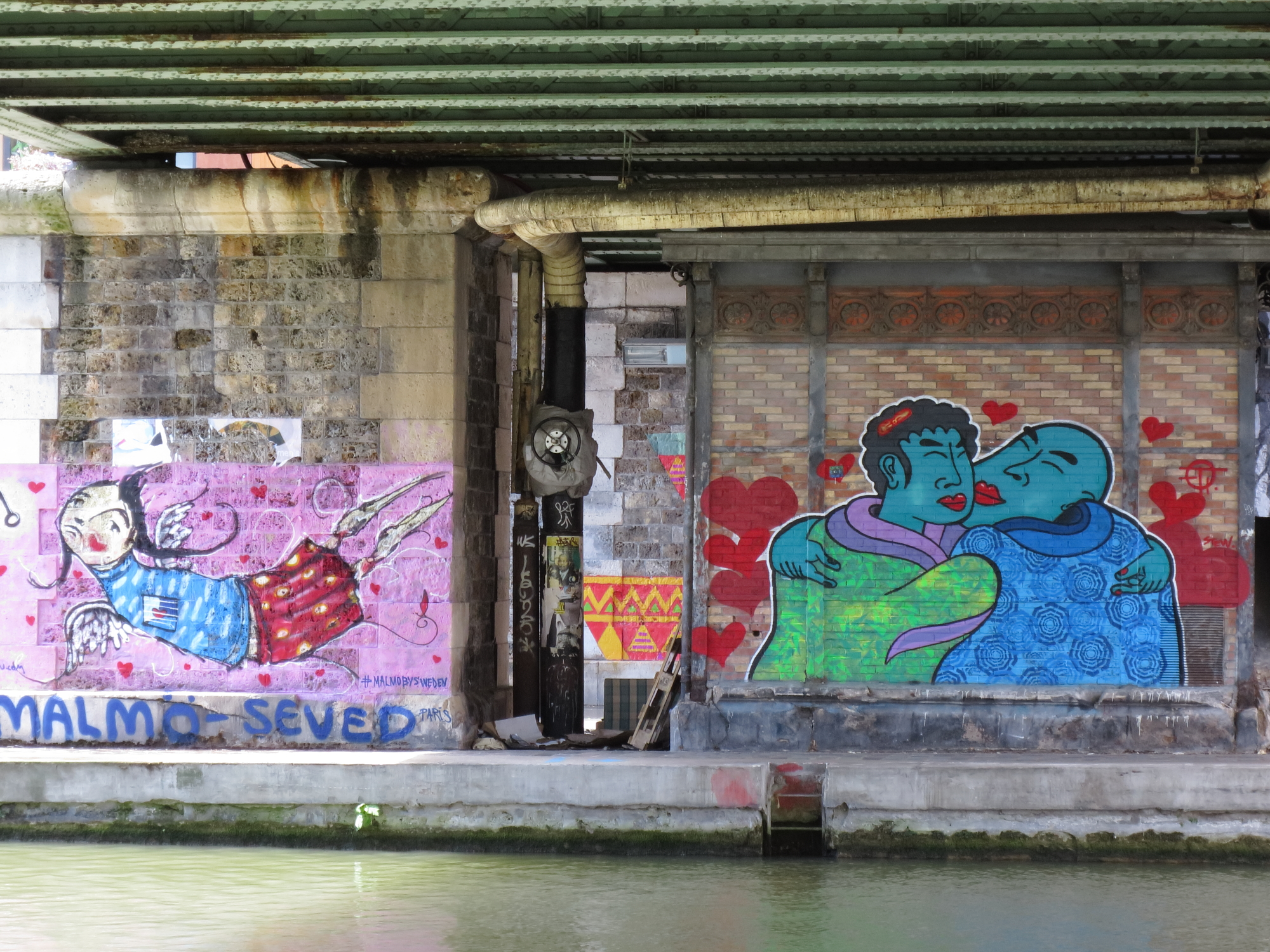 Street art along the Canal de l'Ourcq