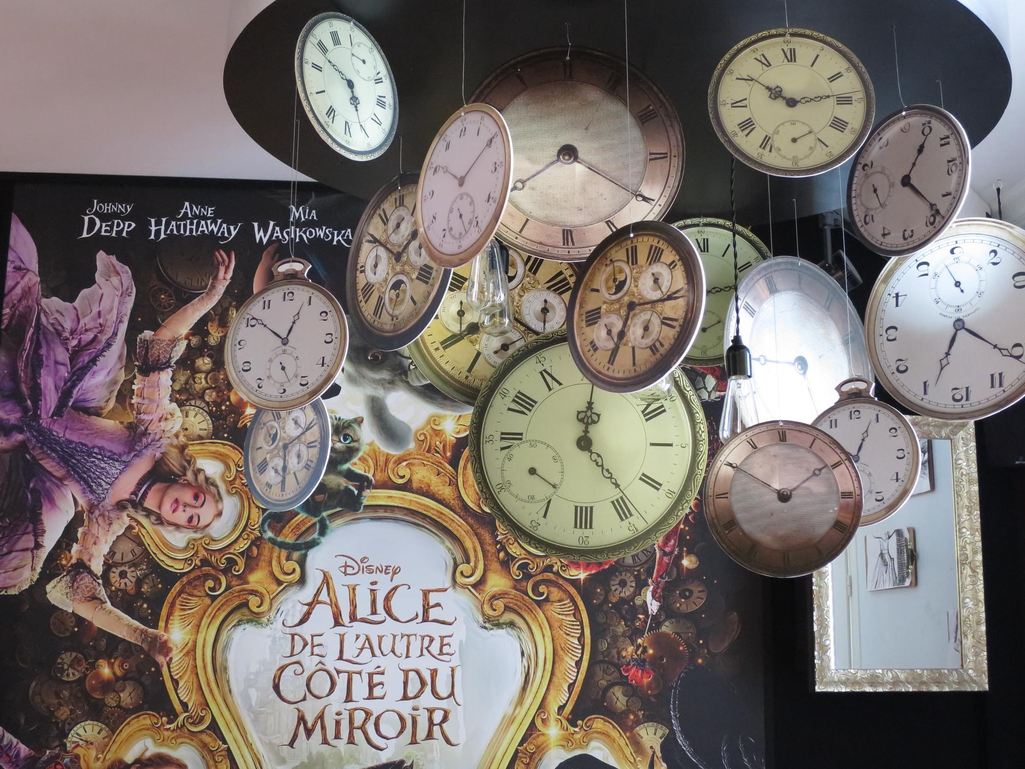 Clocks at Le Pavillon des Merveilles