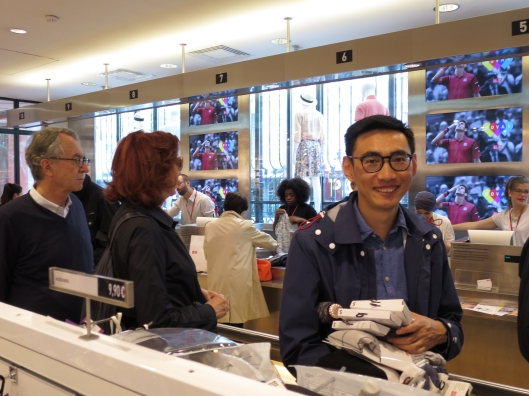 Kristoffer in Seventh Heaven at Uniqlo