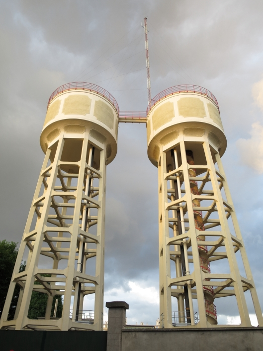 Water towers on rue du Télégraph
